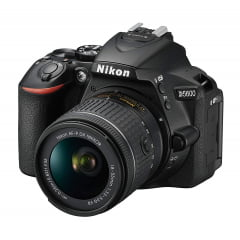 Nikon D5600 Kit (AF-P 18-55mm VR) Black